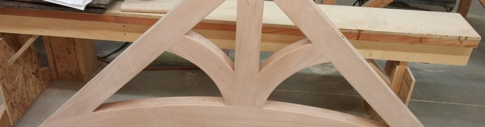 Solid wood arched bracket for dormer